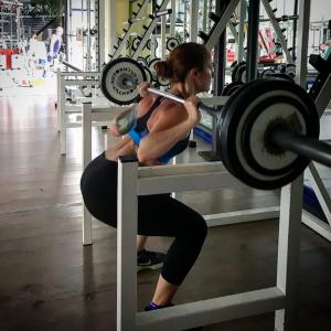 Melissa Zino - Wellness Influencer & Fitness Blogger Wellness